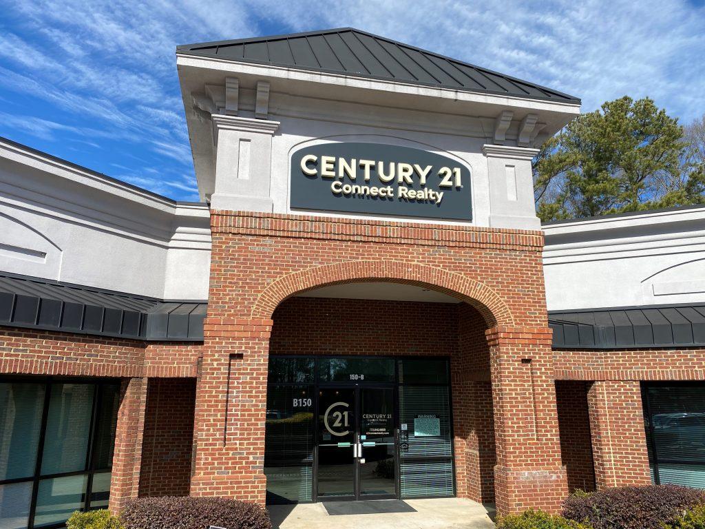 Century 21 Modern Office